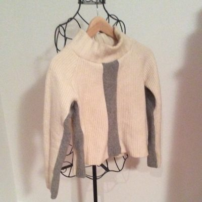 White upcycled sweater with grey